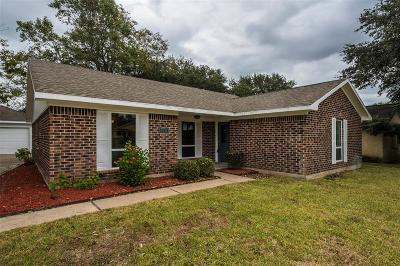 Pearland Single Family Home For Sale: 5205 Camden Lane