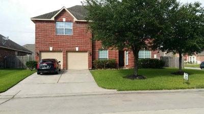Single Family Home For Sale: 24502 Fort Settlement Drive