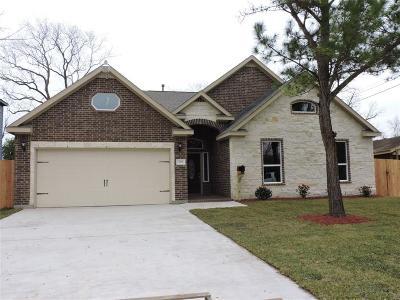 Pasadena Single Family Home For Sale: 709 Garrett Street