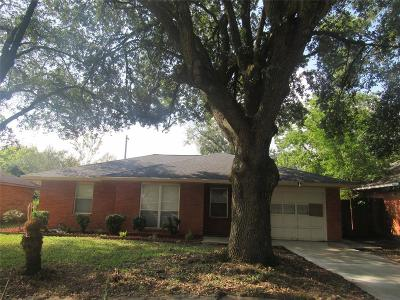 Pasadena Single Family Home For Sale: 1708 Effie Lane