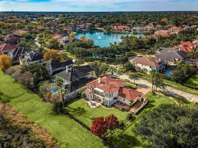 Houston Single Family Home For Sale: 18903 Windsor Lakes Drive