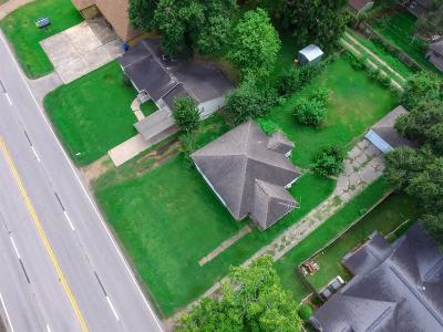 Fort Bend County Single Family Home For Sale: 1012 Thompson Road