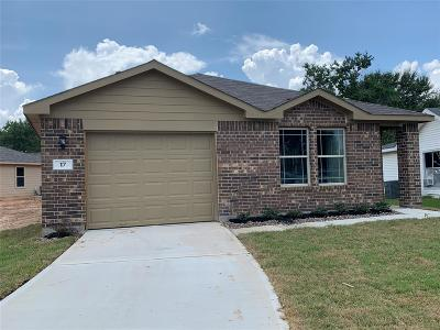 Brookshire Single Family Home For Sale: 17 Becca Court