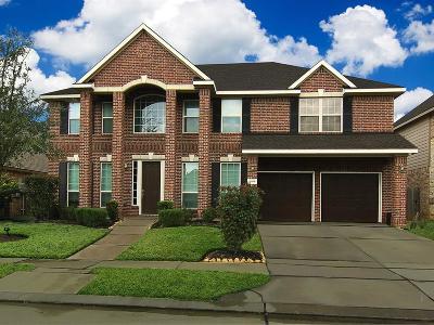 Spring Single Family Home For Sale: 6918 Cedar Run Circle