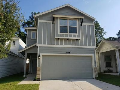 Conroe Single Family Home For Sale: 137 Camelot Place Court