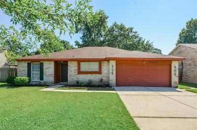 Harris County Single Family Home For Sale: 17518 Crestline Road