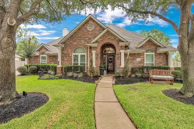 Houston Single Family Home For Sale: 1302 Tracewood Cove