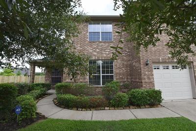 Rosenberg Single Family Home For Sale: 526 Summer Mist Lane