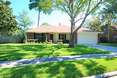 Humble Single Family Home For Sale: 8203 Burnt Ash