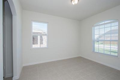 Hockley Single Family Home Pending: 21407 Slate Bend Drive