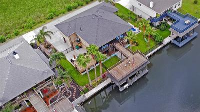 La Marque Single Family Home For Sale: 50 N Omega Street