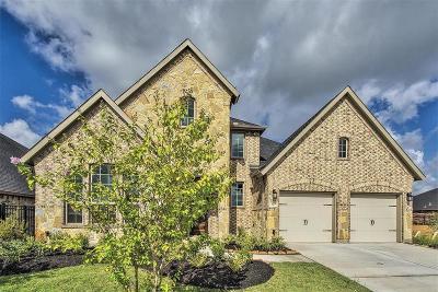 Rosenberg Single Family Home For Sale: 323 Summer Crescent