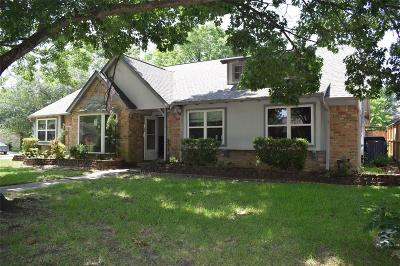 Single Family Home For Sale: 15603 Rolling Timbers Drive