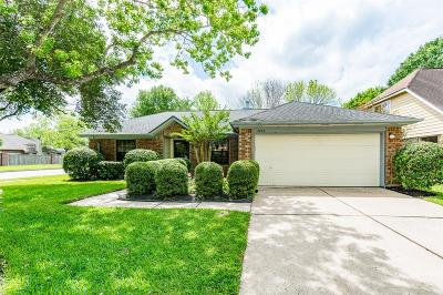 League City Single Family Home For Sale: 2825 Swan Meadow Ct Court