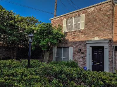 Houston Condo/Townhouse For Sale: 6475 Burgoyne Road #38