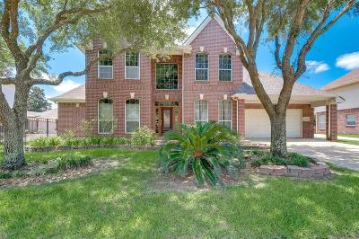 Pearland Single Family Home For Sale: 2618 Garnet Court