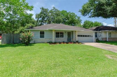 Bellaire Single Family Home For Sale: 406 Otto Street