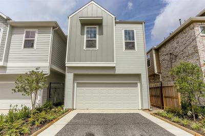 Single Family Home For Sale: 1108 Live Oak Street Street