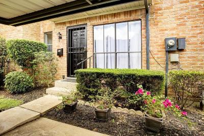 Houston Condo/Townhouse For Sale: 751 Worthshire Street #2