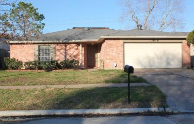 Sugar Land Single Family Home For Sale: 13818 Towne Way Drive