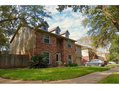 Sugar Land Single Family Home For Sale: 6422 Laurel Bush Lane