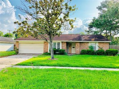La Porte Single Family Home For Sale: 3421 Valley Brook Drive