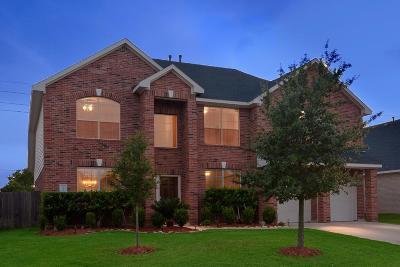 Rosenberg Single Family Home For Sale: 7526 Crescent Lake