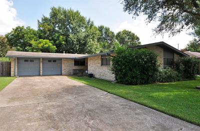 Timbergrove Manor Single Family Home For Sale: 2215 Haverhill Drive