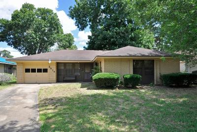 Oak Forest Single Family Home For Sale: 5014 W 43rd Street