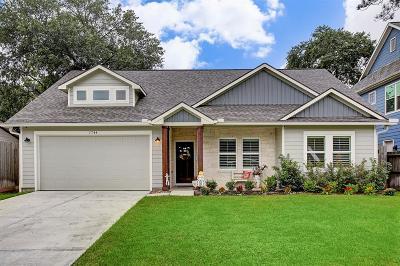 Oak Forest Single Family Home For Sale: 1744 Nina Lee Lane