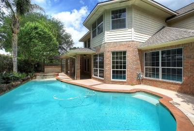 League City Single Family Home For Sale: 2103 Crescent Coral Drive