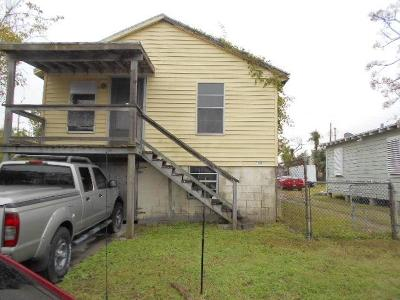 Galveston TX Single Family Home For Sale: $65,000