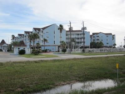Galveston Condo/Townhouse For Sale: 10811 Termini San Luis Pass Road #1121