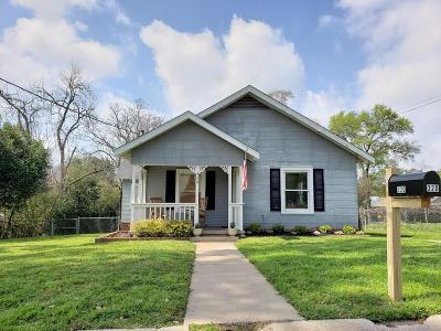 Austin County Single Family Home For Sale: 320 S Tesch Street