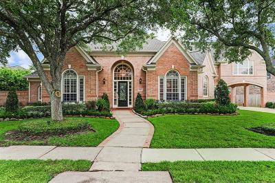Houston Single Family Home For Sale: 14107 Lake Scene Trail