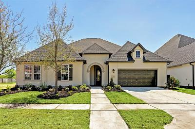 Cane Island Single Family Home For Sale: 7011 Champion Trail