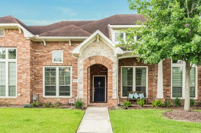 Pearland Condo/Townhouse For Sale: 3325 Spring Landing Lane