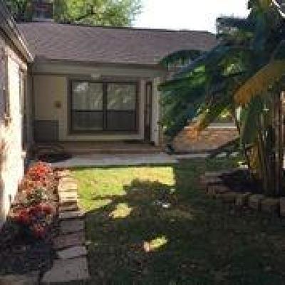 Houston Single Family Home For Sale: 6614 Castle Lane Drive