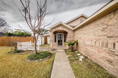 Cypress Single Family Home For Sale: 7307 Village Lake Drive