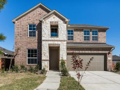 Pearland Single Family Home Pending: 2315 Jessamine Heights Lane