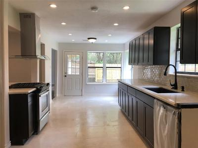 Conroe Single Family Home For Sale: 816 Glen Hollow Drive Drive