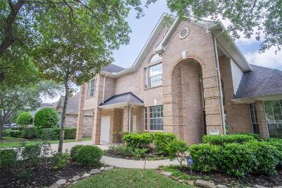 Sugar Land Single Family Home For Sale: 5502 Dawnington Place