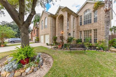 Pasadena Single Family Home For Sale: 4239 Lakewood Drive