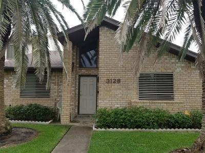 Galveston Condo/Townhouse For Sale: 3128 Orleans Place