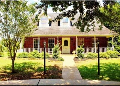 Lavaca County Single Family Home For Sale: 526 County Road 131a