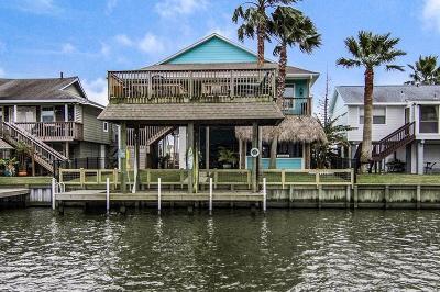 Bayou Vista Single Family Home For Sale: 68 Tarpon Street