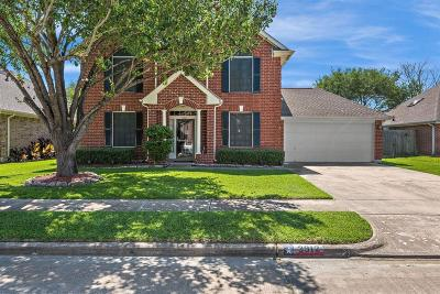 Pearland Single Family Home For Sale: 3912 Oak Wood Drive N