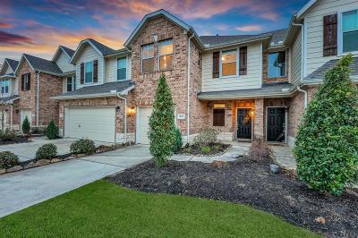 Spring Single Family Home For Sale: 1606 Gavin Court