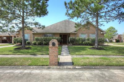 Galveston County Single Family Home For Sale: 401 Scarlet Sage Drive