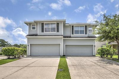 Houston Condo/Townhouse For Sale: 14335 Fairbuff Lane